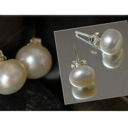 White Pearl Earings